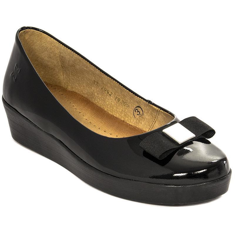 sprzedawca detaliczny dla całej rodziny kup dobrze Wyzwania dress code'u, czyli jakie buty wybrać do pracy ...