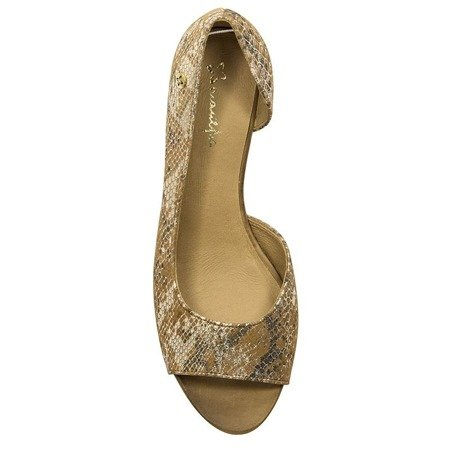 Maciejka  01304-18-00-5 Beige Flat Shoes