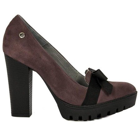 Maciejka 03368-23-00-1 Burgundy Pumps
