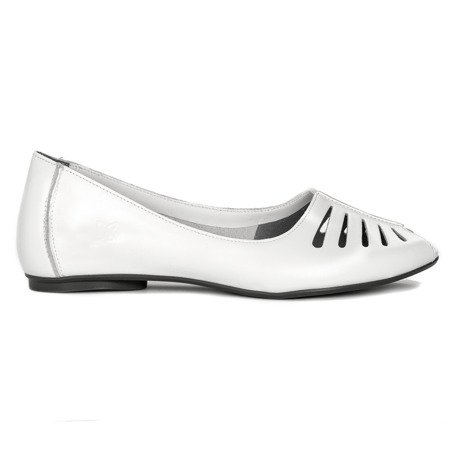 Maciejka 03497-11-00-6 White Flat Shoes